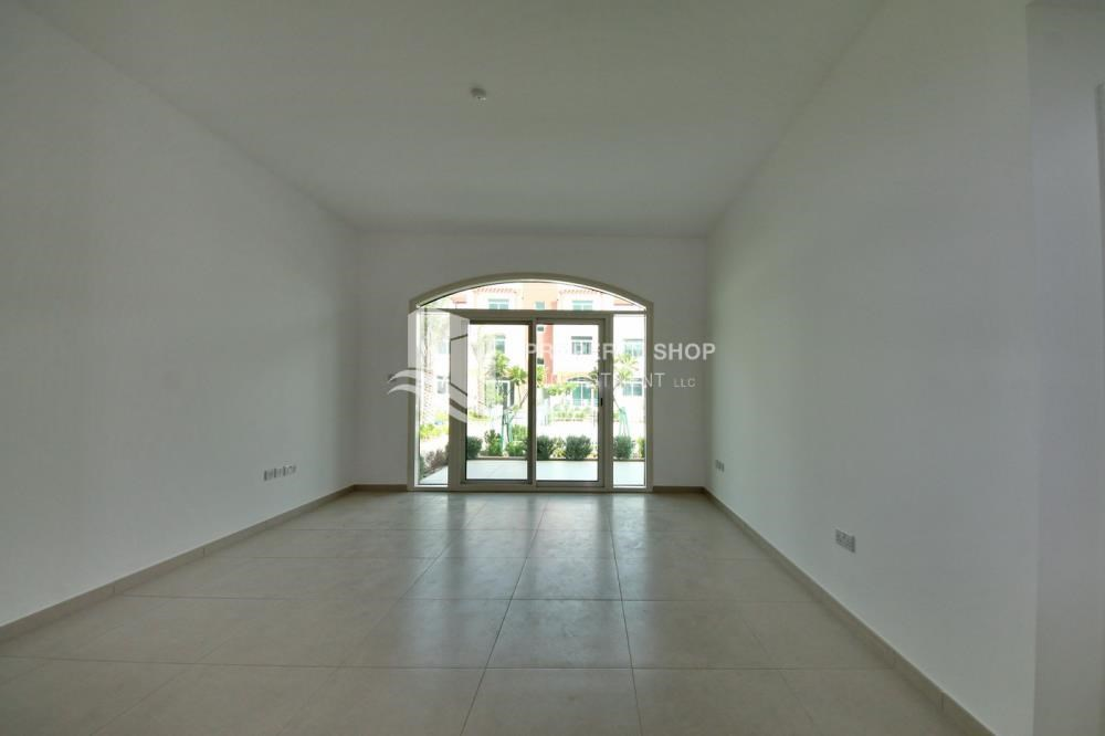 Living Room - Vacant upto 3 Cheques! Terrace Apt with garden view.