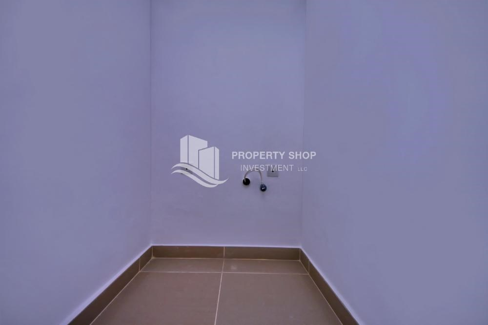 Laundry Room - Vacant 5BR+M Villa with private pool.