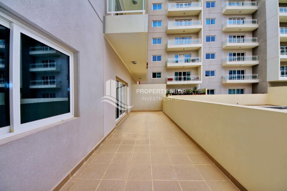 Terrace - vacant |1BR APT Type G with terrace for sale