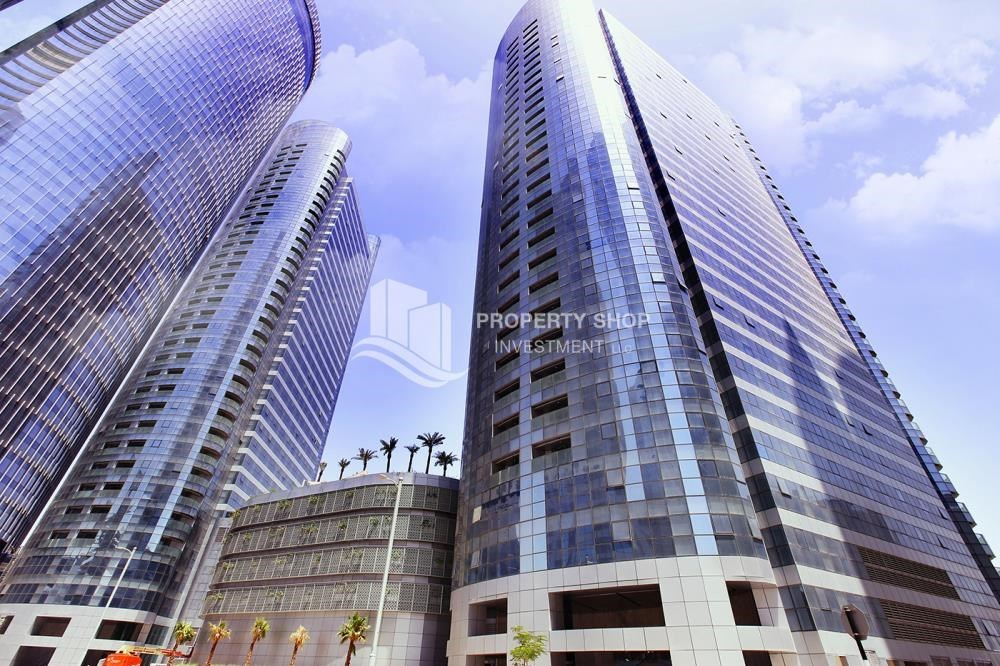 Property - Huge 2BR Apt in Marina Bay for Rent!