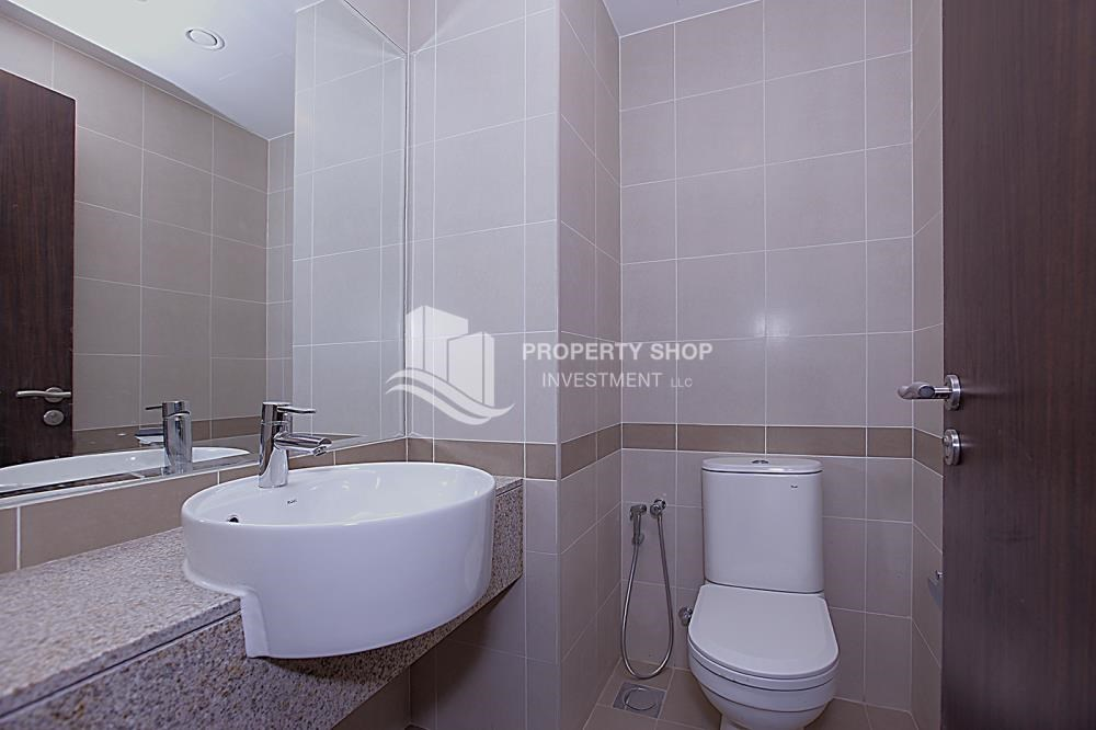 Powder - Huge 2BR Apt in Marina Bay for Rent!