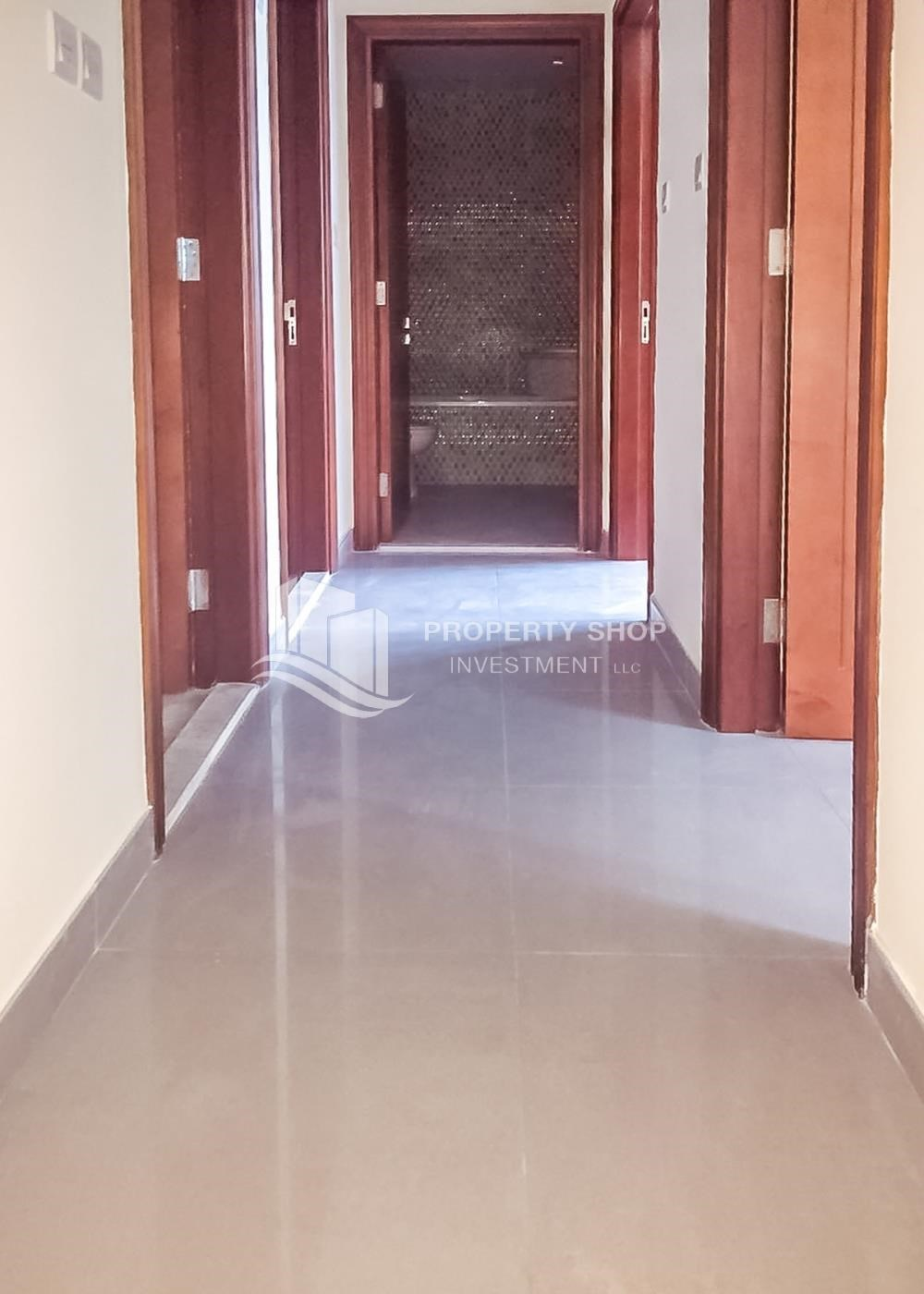 Corridor - Vacant! Well maintained Apt with allocated parking.