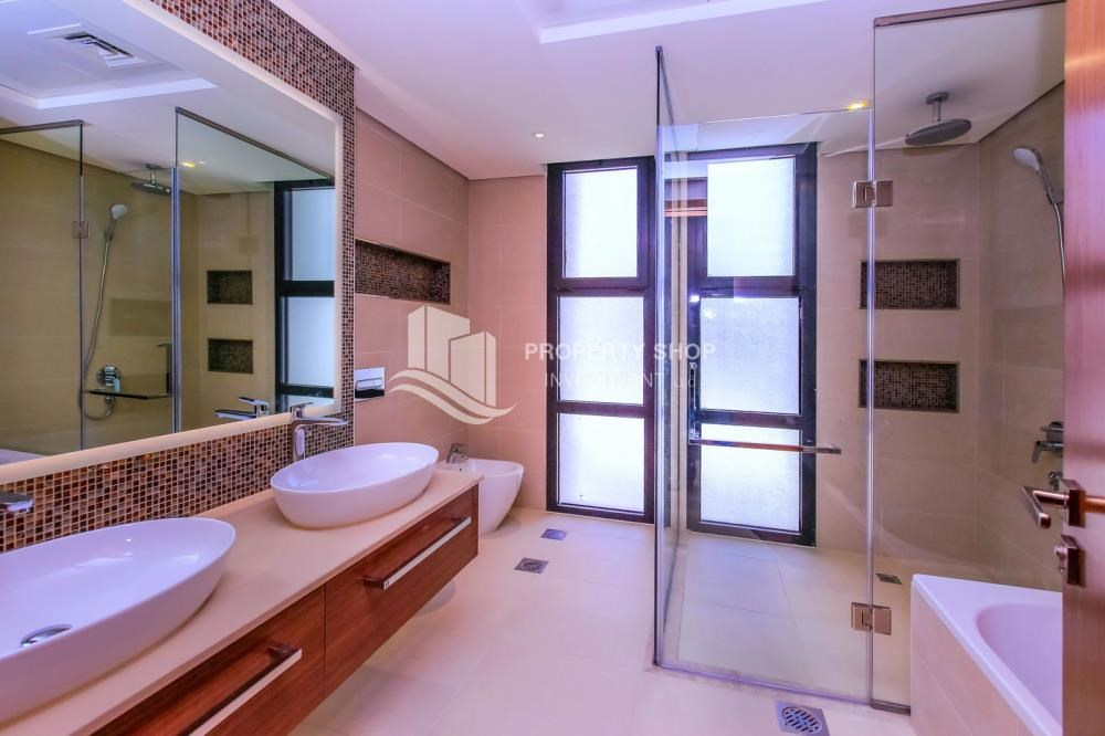 Master Bathroom - Selling at OP. Own a luxurious villa in West Yas.