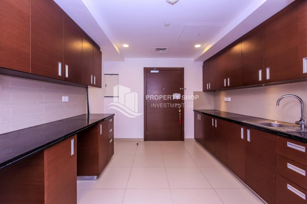 Kitchen - Studio apartment in Gate Tower for rent.