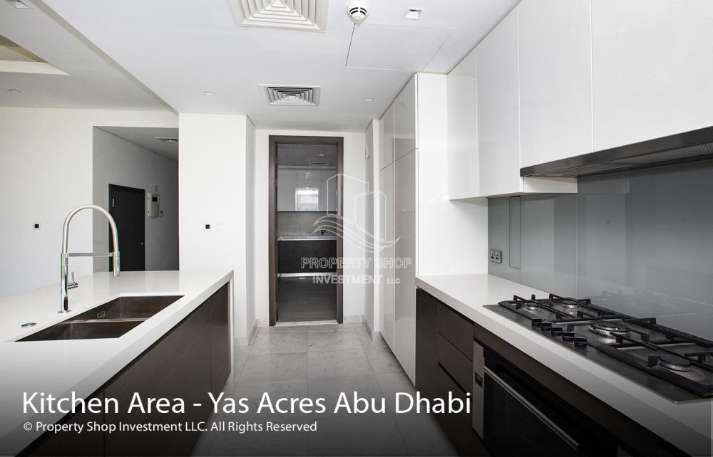 Kitchen - Stylish & convenient modern home with the finest fittings & fixtures