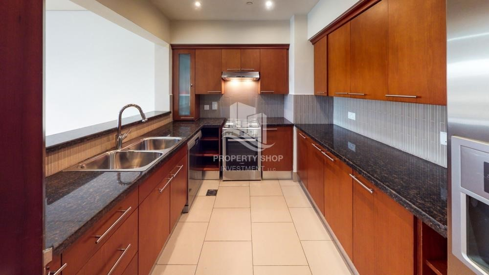 Kitchen - Exclusive 2BR Apt with Amazing Sea View in Saadiyat Beach Residences!
