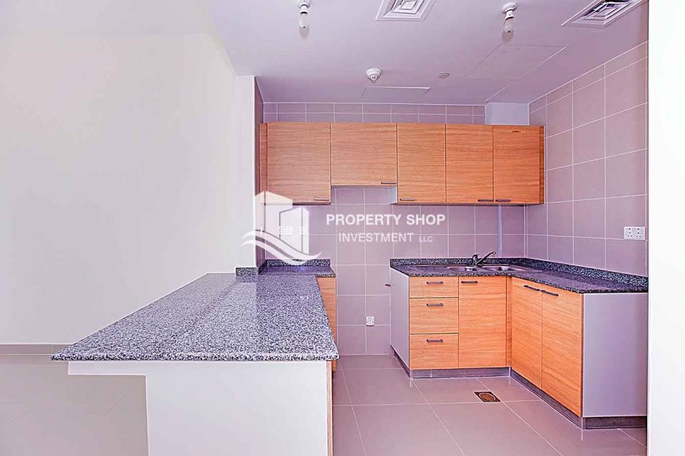 Kitchen - Sea view unit with full facilities.