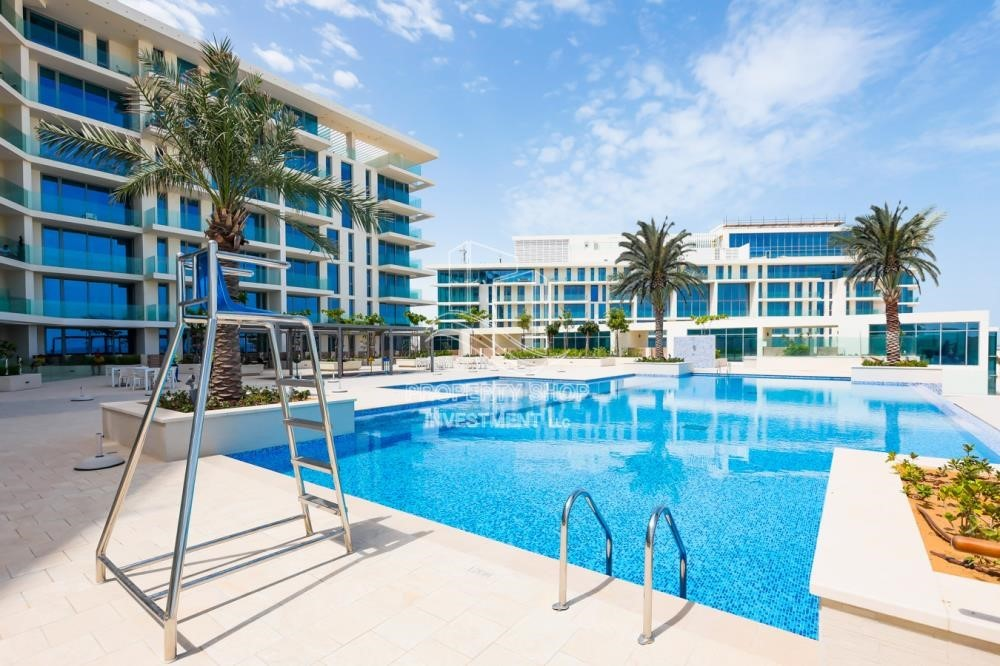 Property - 3 br apartment with pool view l zero ADM fees l 3 years service charge free l zero commission