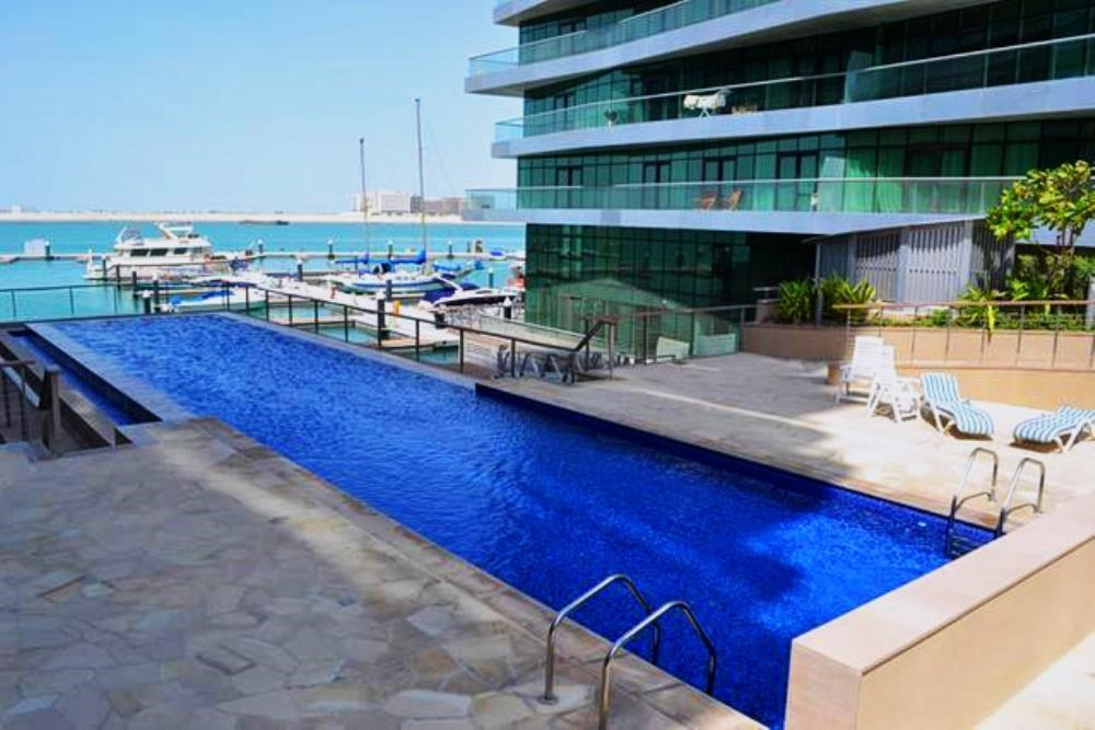 Facilities - 4 bedroom penthouse with sea view and rent refund