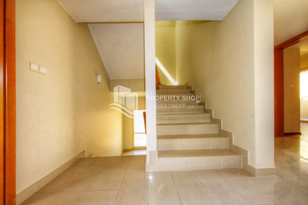Stairs - Garden view 4 BR villa Type S with great facilities