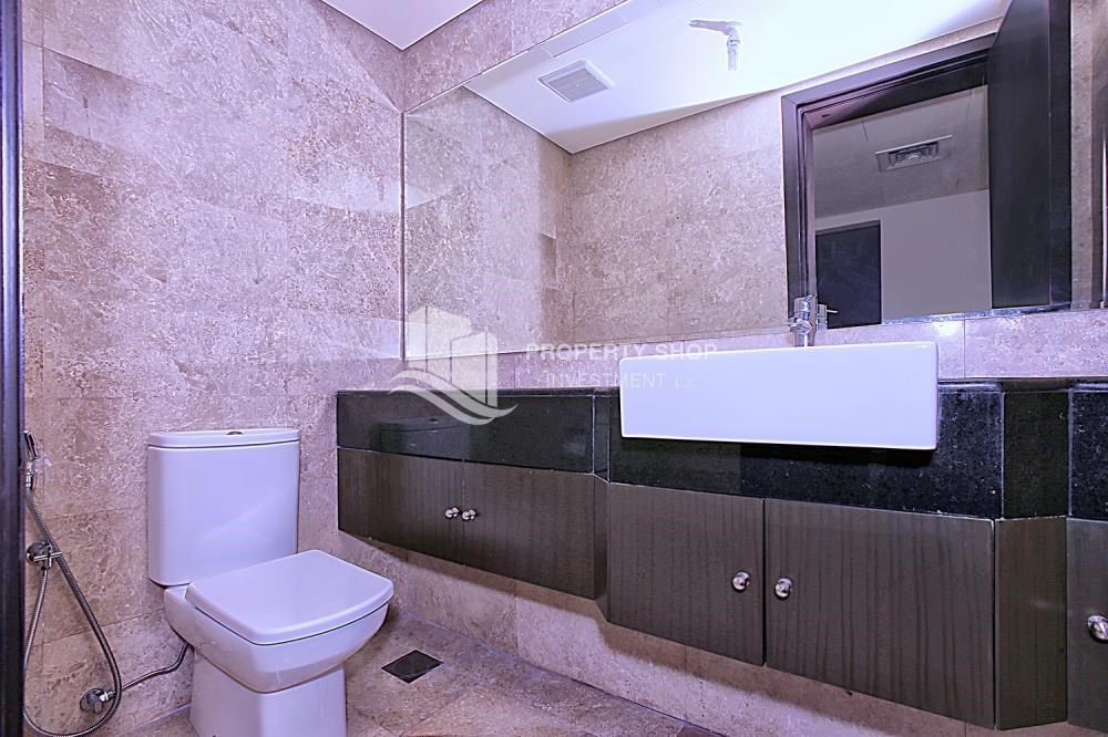 Bathroom - Great Investment opportunity 1 bedroom with High ROI
