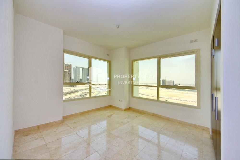 Bedroom - Hot Deal Sea View Apt at Excellent Price.