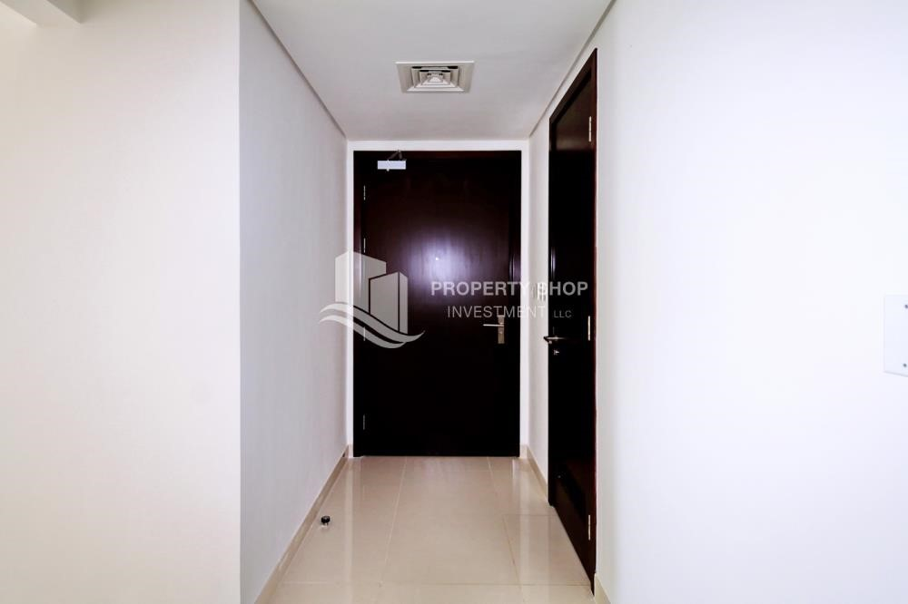 Foyer - 1 Bedrooom Apartment in Marina Blue, Marina Square FOR RENT!