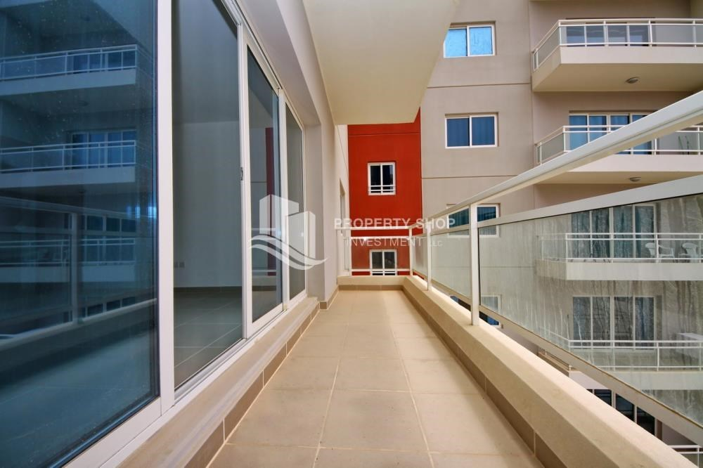 Balcony - Vacant soon + 2 Cheques! Spacious Unit - Type A.