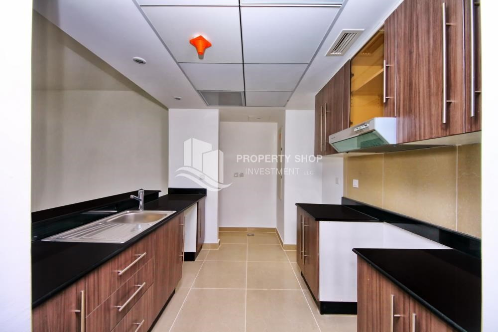 Kitchen - Vacant soon + 2 Cheques! Spacious Unit - Type A.