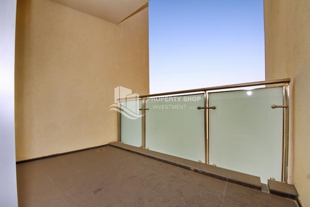 Balcony - Luxurious 3BR Apartment with sea View for Rent