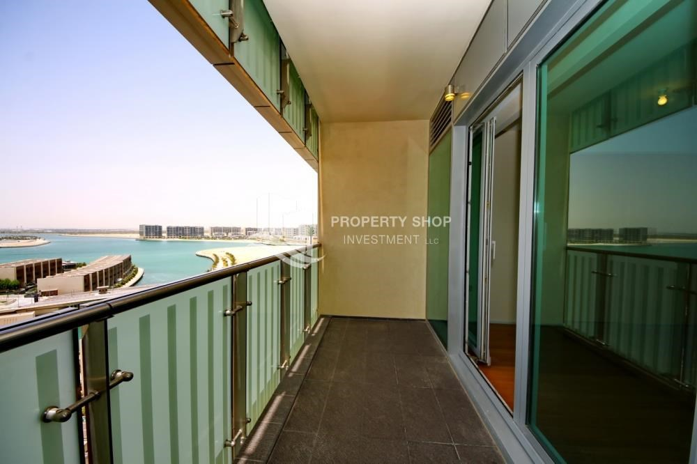 Balcony - High floor 1 BR apt with well maintained facilities of Al Sana, Al Muneera