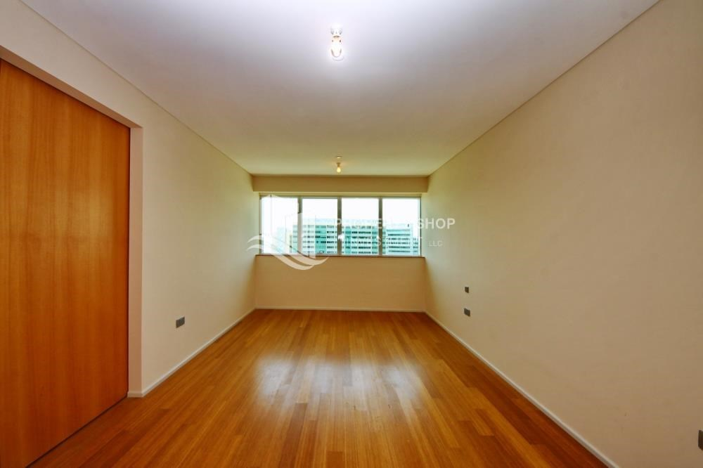 Bedroom - High floor 1 BR apt with well maintained facilities of Al Sana, Al Muneera