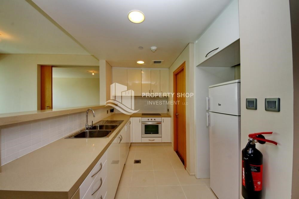 Kitchen - High floor 1 BR apt with well maintained facilities of Al Sana, Al Muneera