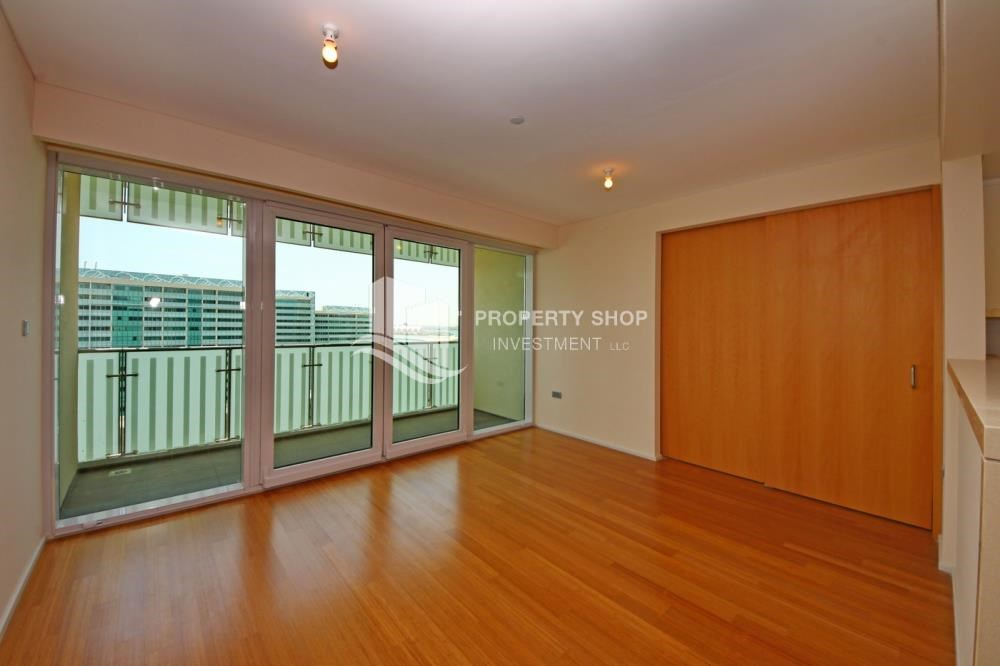 Living Room - High floor 1 BR apt with well maintained facilities of Al Sana, Al Muneera
