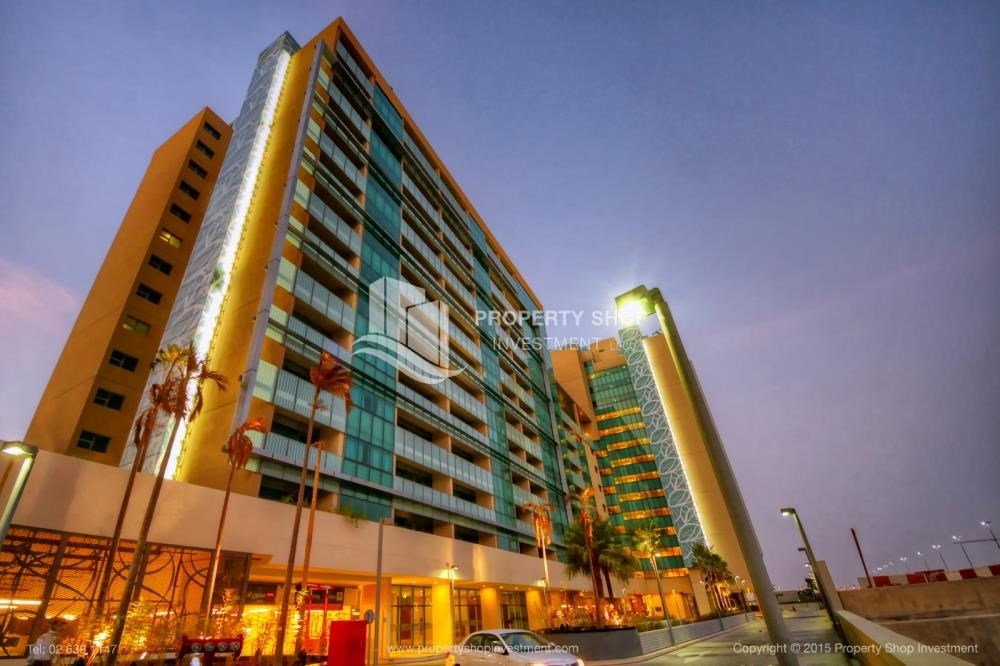 Property - High floor 1 BR apt with well maintained facilities of Al Sana, Al Muneera