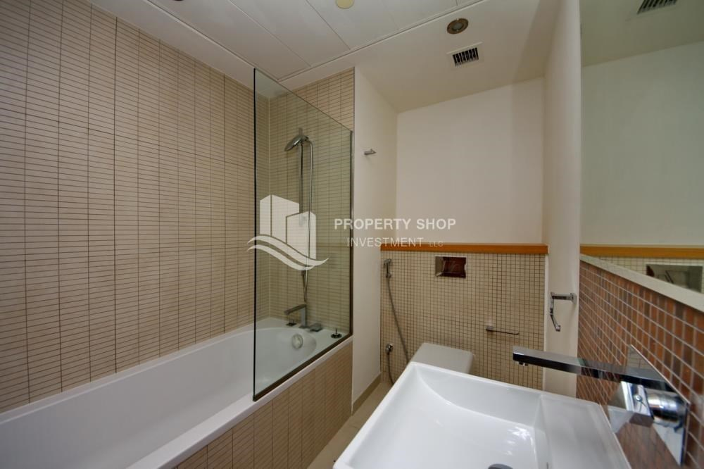 Bathroom - Own 2BR unit with fantastic sea view