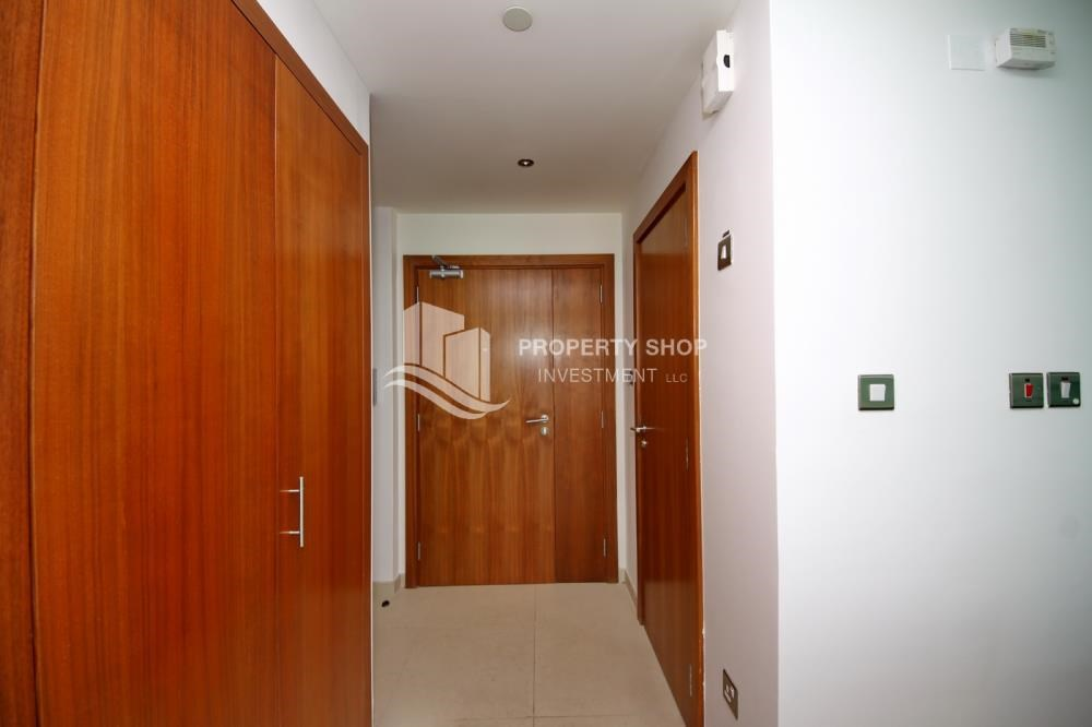 WalkIn Closet - Own 2BR unit with fantastic sea view
