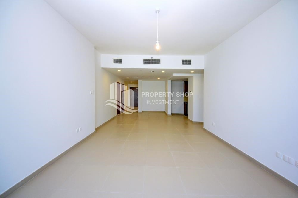 Dining Room - Spacious layout, High floor Apt plus Maid's room with sea view.