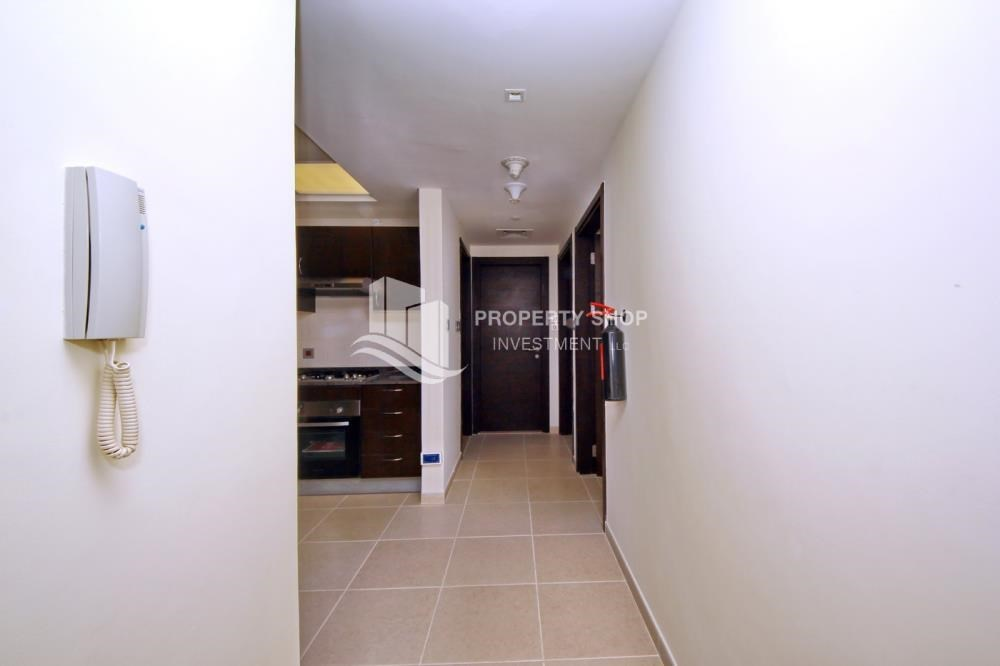Foyer - 2br, Living in Luxurious Mangrove Place, Al Reem Island