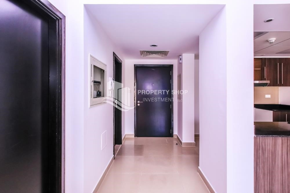 Foyer - Lowest price Apt with Underground parking -Type A.