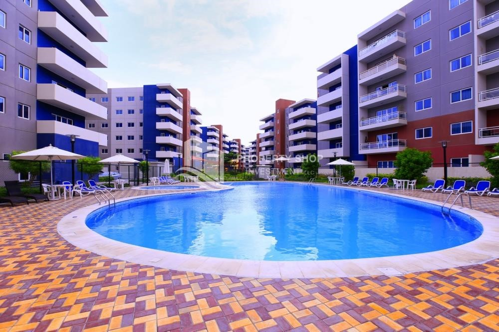 Property - 2BR Apt with Balcony and Storage, street view, available for rent Now