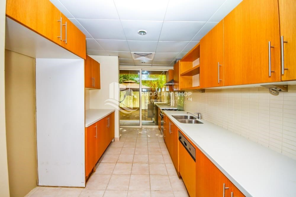 Kitchen - Single Row TH with Private Garden-Type A