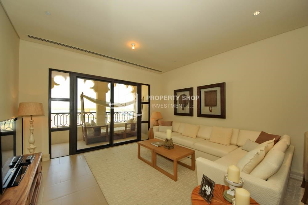 Living Room - 2BR Apt on Low Floor with street view in Saadiyat Island!
