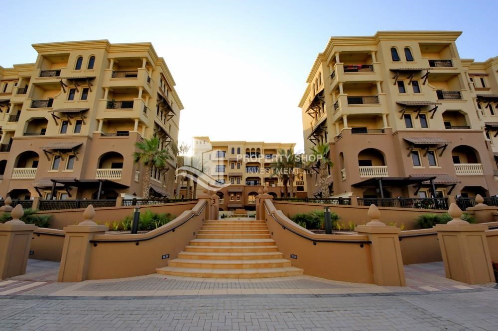 Property - 2BR Apt on Low Floor with street view in Saadiyat Island!