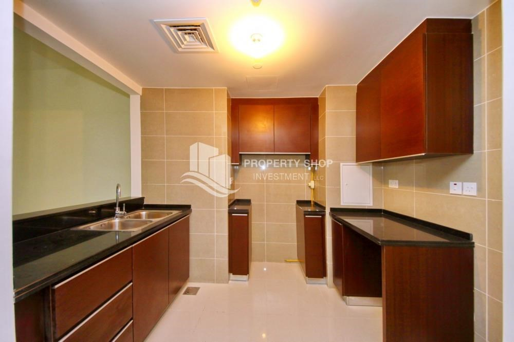 Kitchen - High floor Apt in Al Maha Tower.
