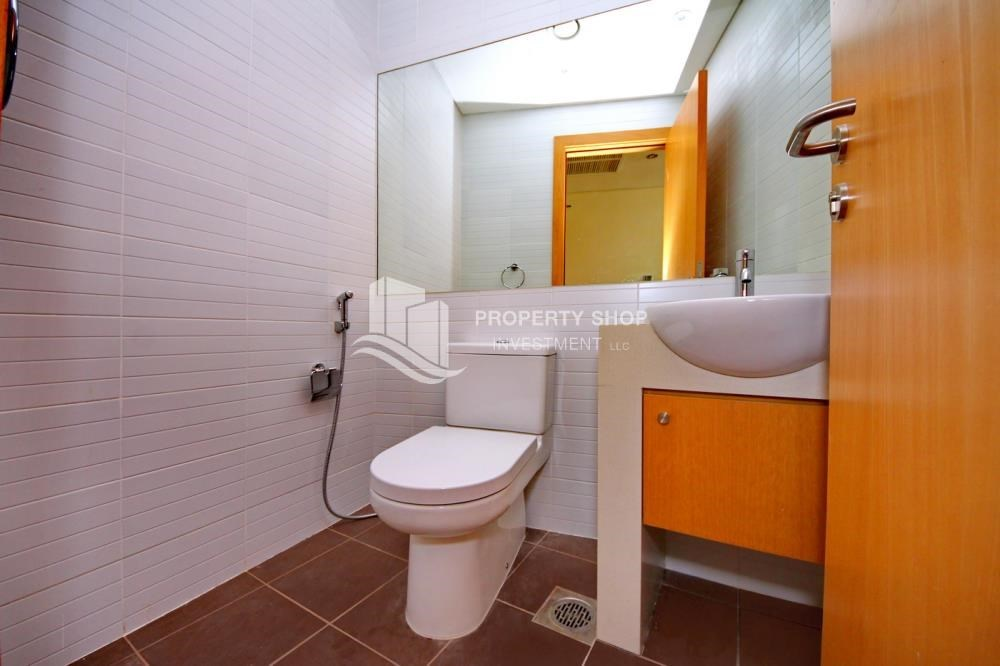Bathroom - available for rent with fantastic community!