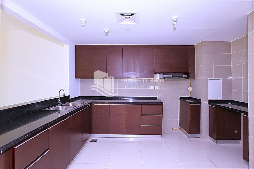 Kitchen - Apt with all facilities on High Floor + High ROI.