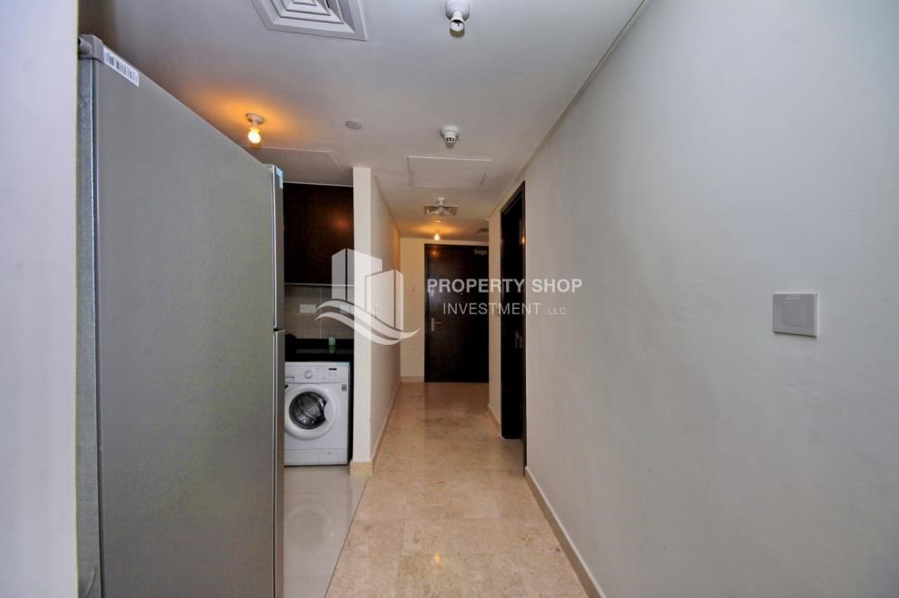 Corridor - Studio Unit with Sea view vacant for rent