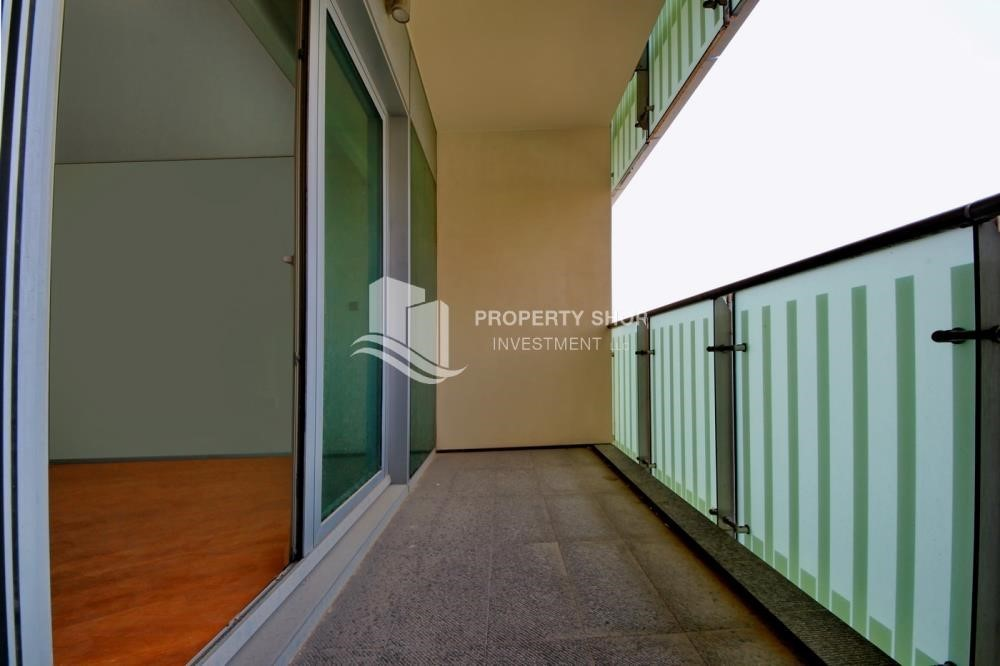 Balcony - 2% Rent Free + 1 Month Rent Free / Sea view 4BR+M Apt.
