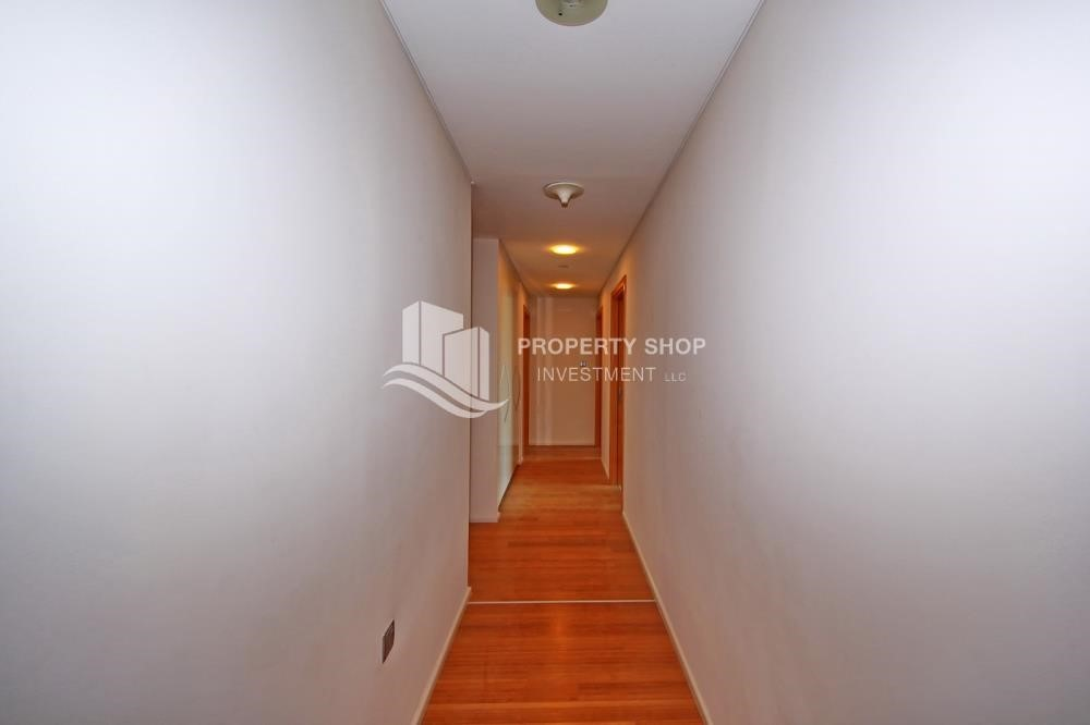 Corridor - 2% Rent Free + 1 Month Rent Free / Sea view 4BR+M Apt.