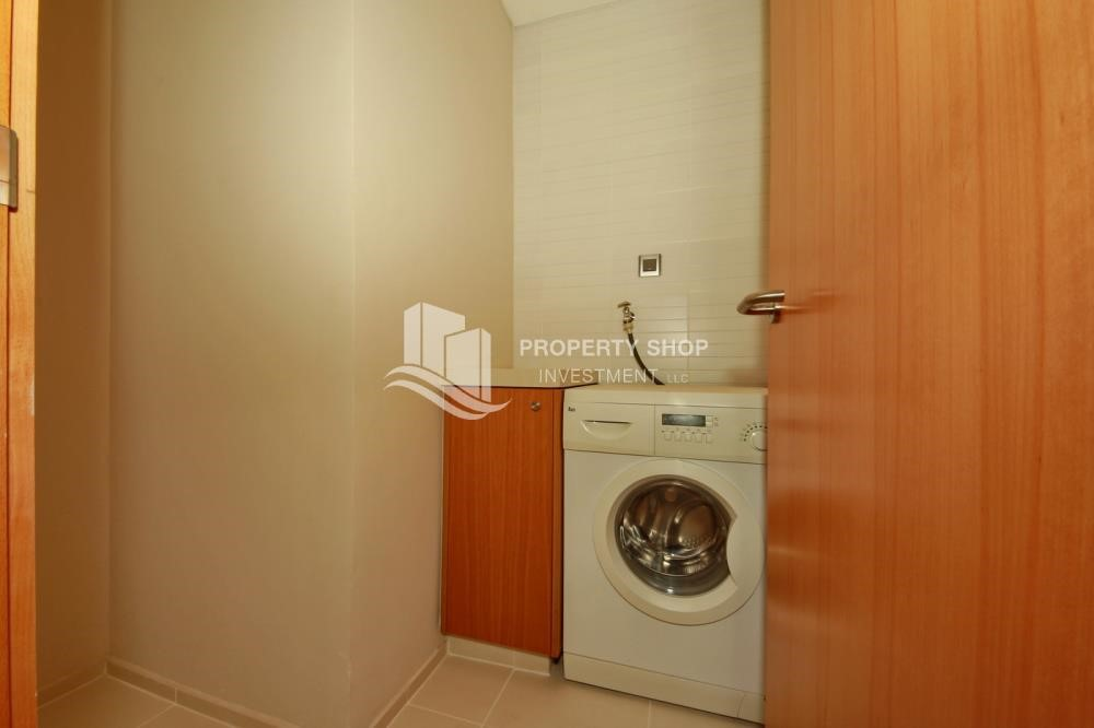 Laundry Room - 2% Rent Free + 1 Month Rent Free / Sea view 4BR+M Apt.