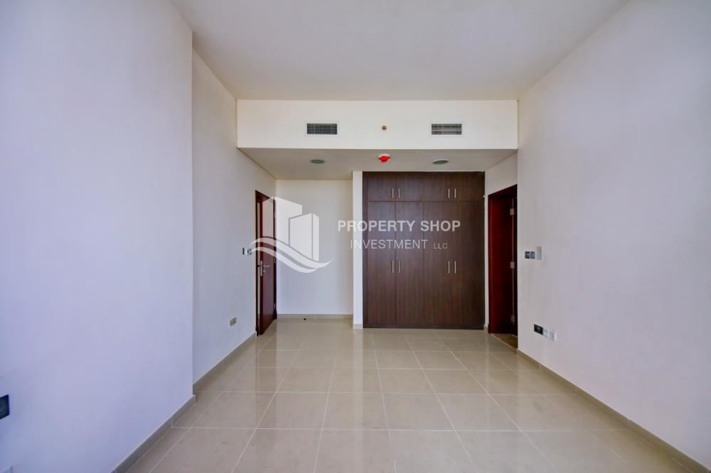 Built in Wardrobe - Mid Floor Unit with Sea View + Parking.