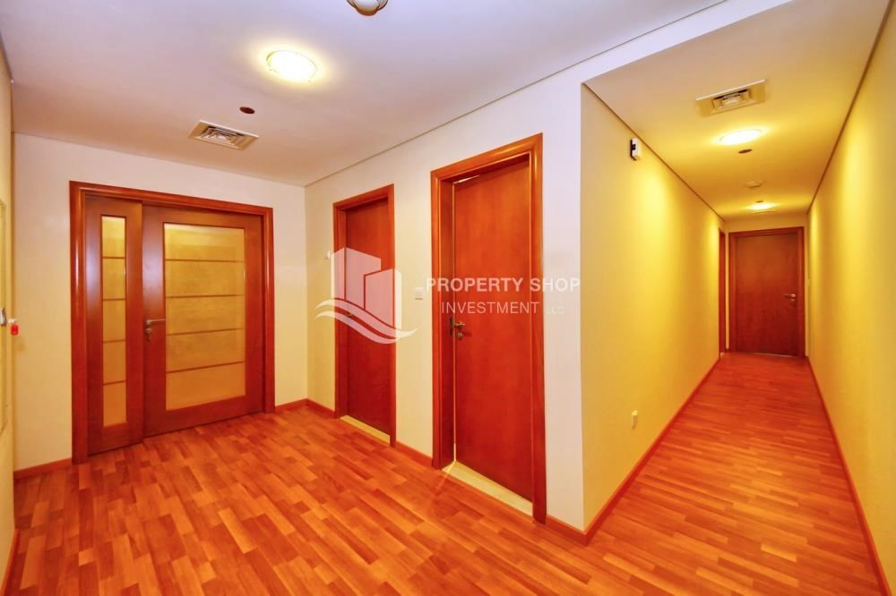 Corridor - 3 + M with balcony and sea view for rent