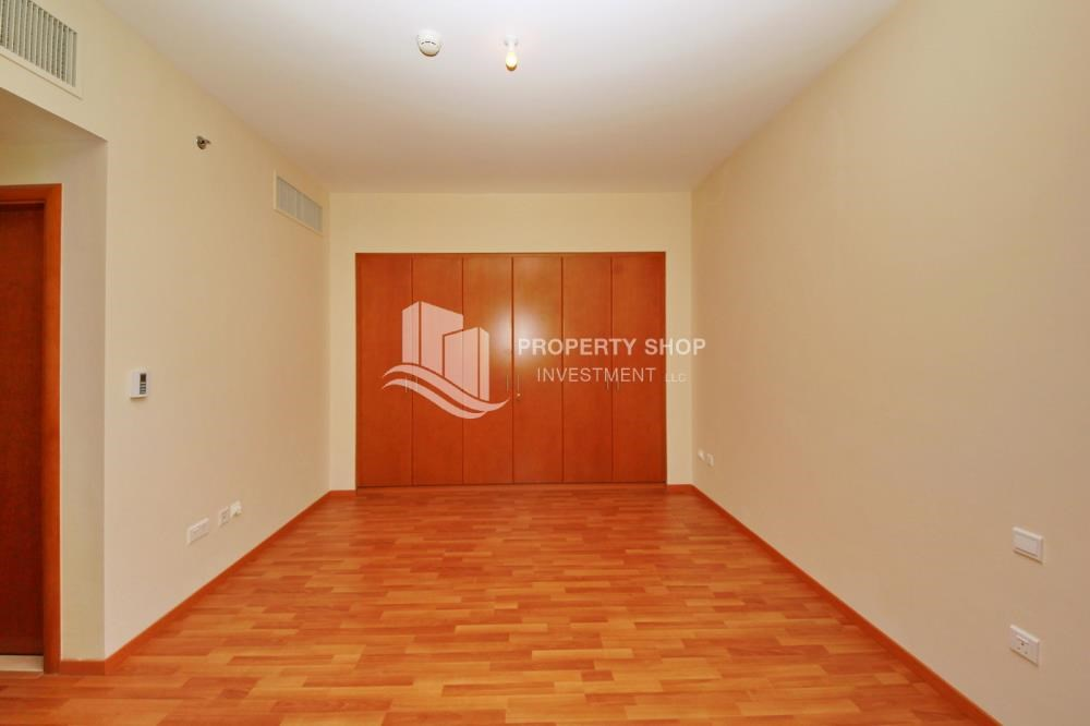 Built in Wardrobe - Large Apt on high floor with full facilities.