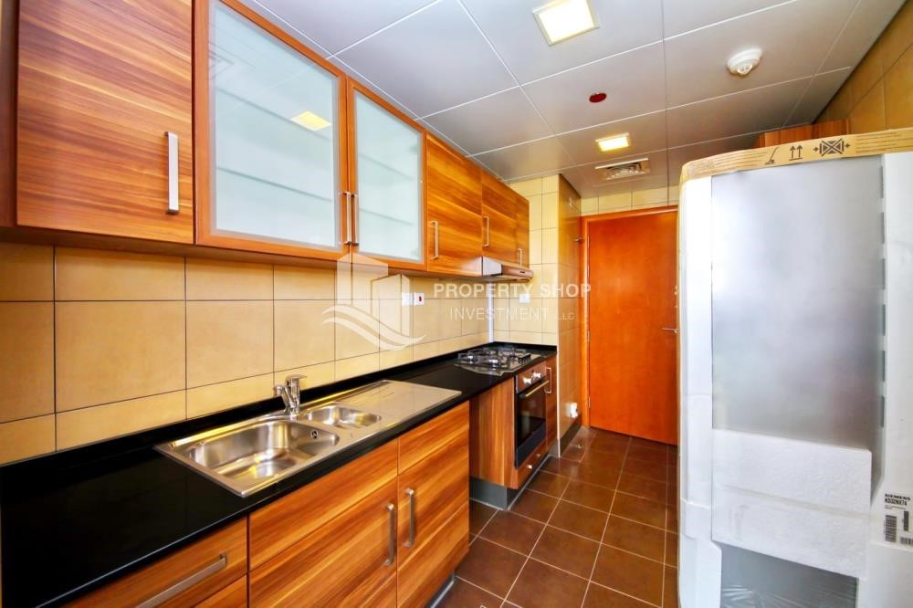 Kitchen - Huge 1+1 BR Apartment Ready to move in Now!