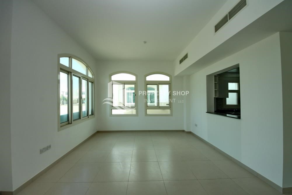 Dining Room - Luxury on your doorstep! 3+1 Villa with spacious garden.