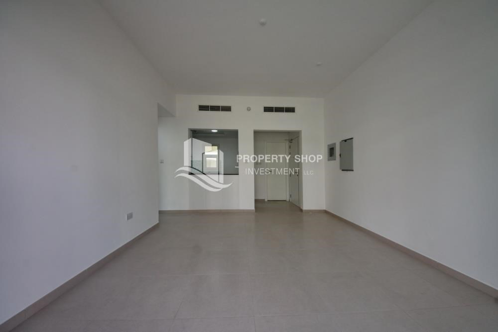 Dining Room - Spacious Terrace Apt with walk in closet.