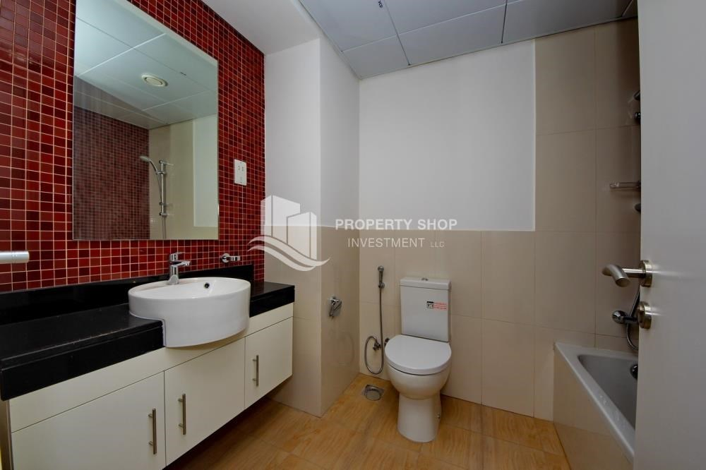 Bathroom - Lowest Price! Vacant Studio in 2 Payments.