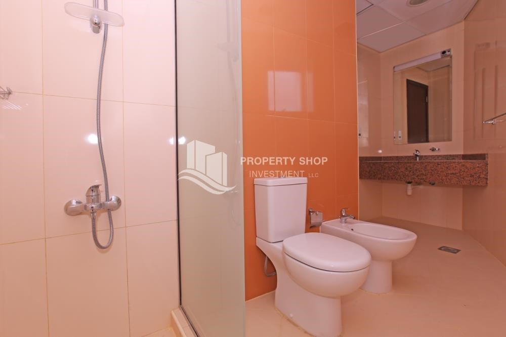 Bathroom - Studio apartment available for sale with high ROI