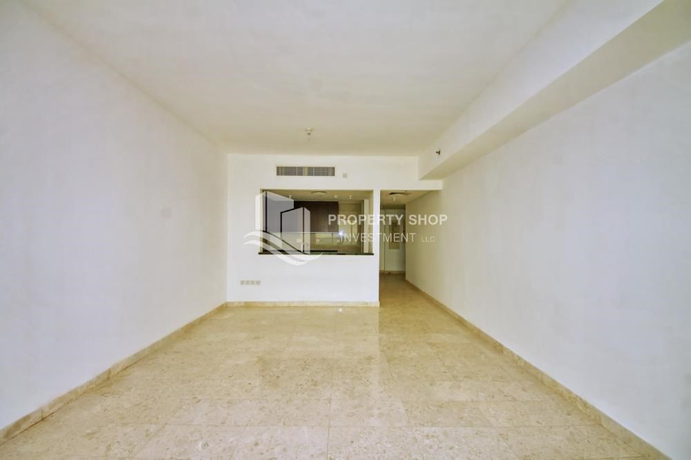 Dining Room - Vacant 1BR Apt, High floor  with Balcony + Walk-in Closet.